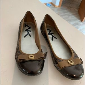 Anne Klein Sport Flats,rich brown and gold colors.